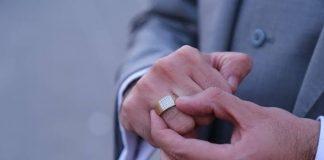 cincin berlian pria